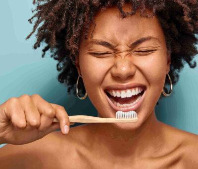 scaling teeth