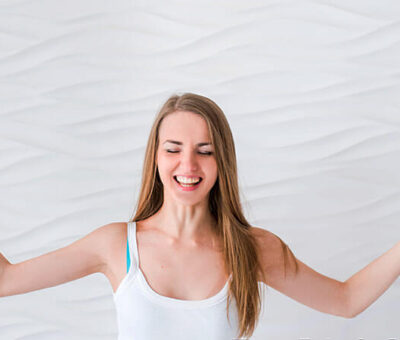What are the effect of laughter yoga in our hormones