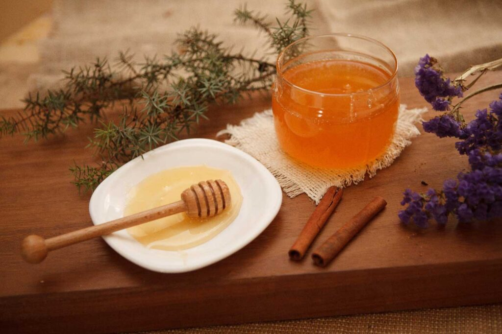 How to control your level of your LDL cholesterol by honey